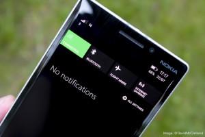 Nokia Lumia 930 – durata de viata a bateriei si incarcare