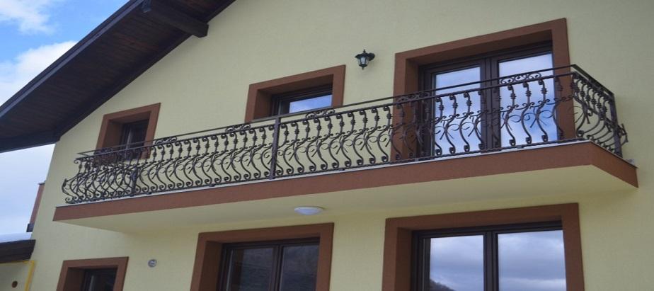 De ce se folosesc elemente din fier forjat pentru balustrada?