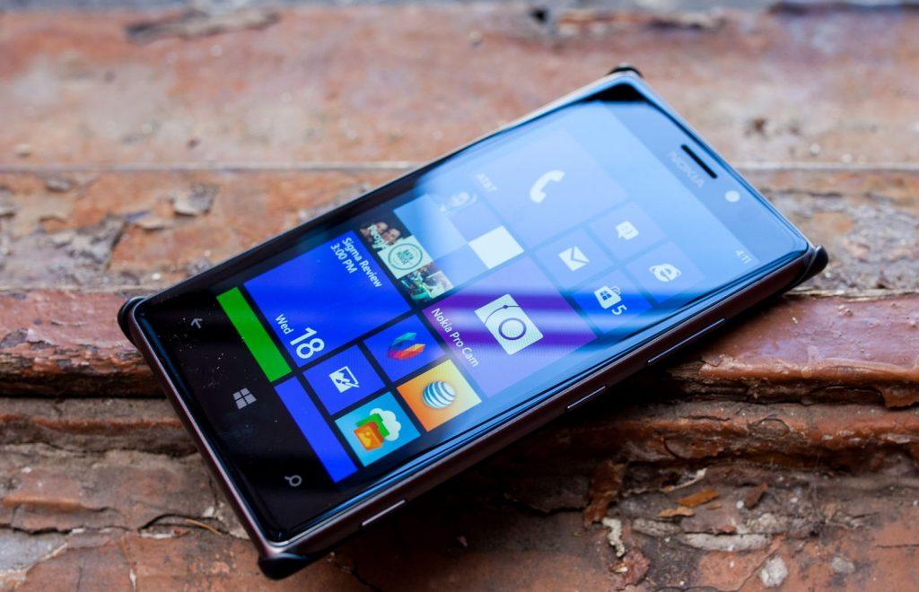 De ce ar trebui sa iti cumperi un smartphone Nokia?