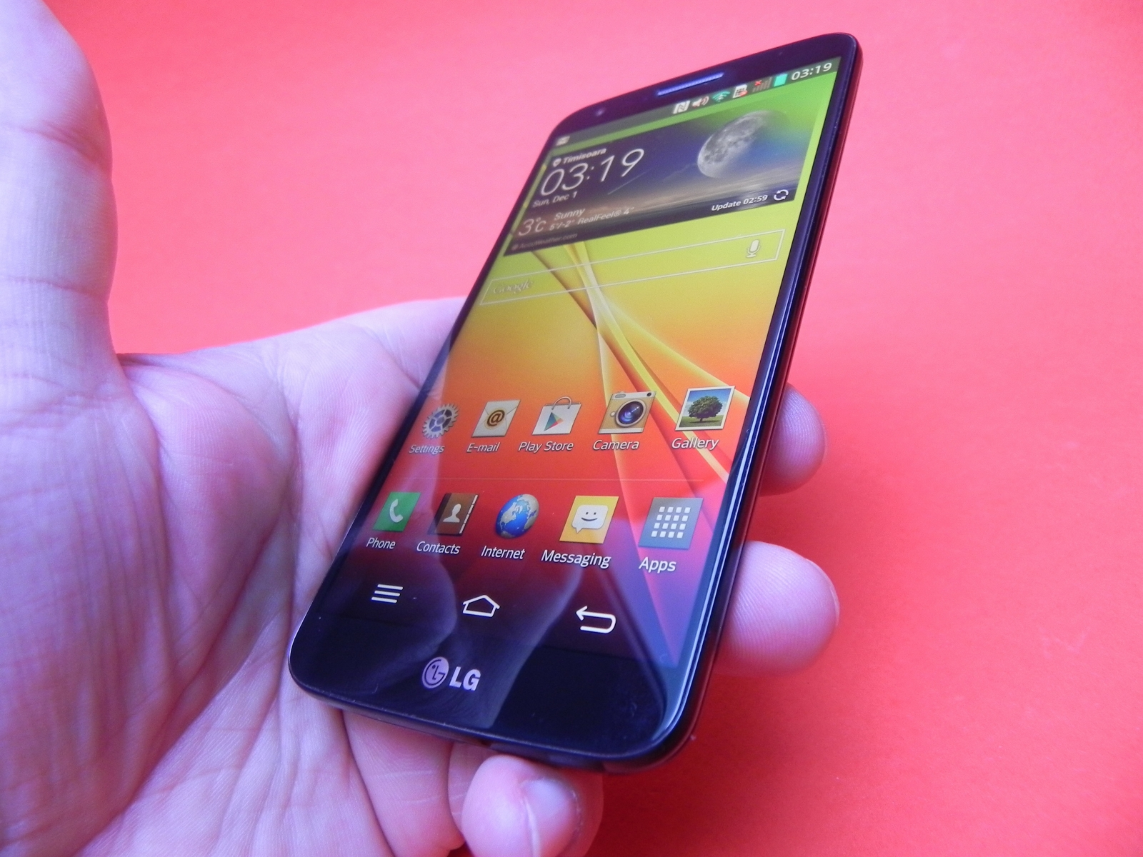 LG G2 – interfata, performanta si baterie
