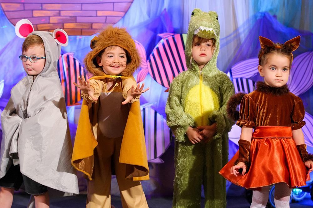 Ce costume copii sa alegem pentru cei mici?