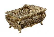 Alege o cutie de bijuterii deosebita, pe masura accesoriilor tale!