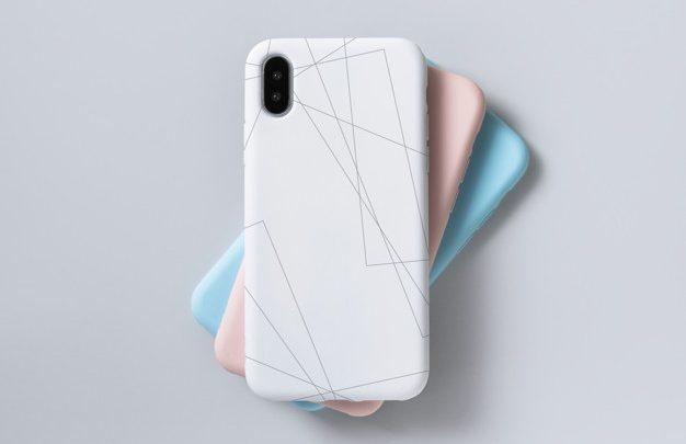 4 motive pentru care smartphone-ul tau are nevoie de o husa de protectie https://www.freepik.com/free-psd/premium-mobile-phone-screen-mockup-template_4153376.htm#page=1&query=phone%20case&position=3 Ti-ai cumparat ultimul model de telefon produs de compania ta preferata si esti cum nu se poate mai mandru de achizitia facuta. In realitate arata chiar mai bine decat ai vazut tu in recenziile de pe YouTube. Abia astepti sa il prezinti tuturor, am dreptate? Stii ca era bine sa-ti fi cumparat o folie de sticla si o husa de protectie, dar tu ai fost mereu o persoana atenta si grijulie, asa ca oare ce rau se poate intampla daca sari peste partea asta?! Iata, totusi, cateva motive pentru care sa nu mai stai pe ganduri si sa comanzi cat mai repede o husa de protectie - poate chiar un model de huse Atlas de la magazinul online Gsm Store. Noile telefoane, mai subtiri si sensibile decat generatiile precendente Legenda spune ca, odata, un Nokia 3310 a cazut dintr-un buzunar si a facut o gaura in trotuar. Lucruri de genul asta sunt istorie. Acum, daca scapi pe trotuar un smartphone, cred ca stii care dintre cele doua va avea de suferit. O husa te asigura ca, dupa contactul cu orice suprafata, telefonul tau va arata la fel ca inainte. Nu esti singurul cu iPhone 11 … Ti-ai cumparat noul iPhone 11? La fel si colega de birou, tipul care a participat la conferinta de aseara, toti IT-istii si inca niste oameni care cumpara tot ce e nou in materie de telefoane. Rezulta o multime de persoane cu telefoane identice. O husa rosie pe un smartphone negru inseamna ca nimeni nu va ajunge din greseala acasa cu un telefon care seamana cu al lui, dar e de fapt al tau. … dar poti fi singurul cu huse Atlas Ramanem la ideea de lume multa cu acelasi model de telefon. Cand l-ai cumparat, pe langa alte motive, ideea a fost tocmai de a te diferentia de restul. Probabil, acelasi lucru l-au gandit si cei cu care ai devenit pana la urma frate de smartphone. Husa te ajuta sa iti personalizezi telefonul dupa 